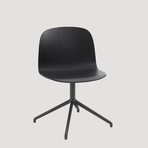 Muuto Visu Wide Chair with Swivel Base