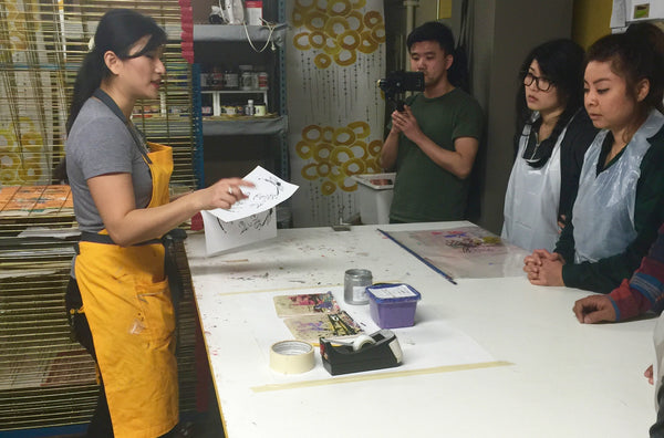 Teaching screen printing workshop at Shifting Status Kuo