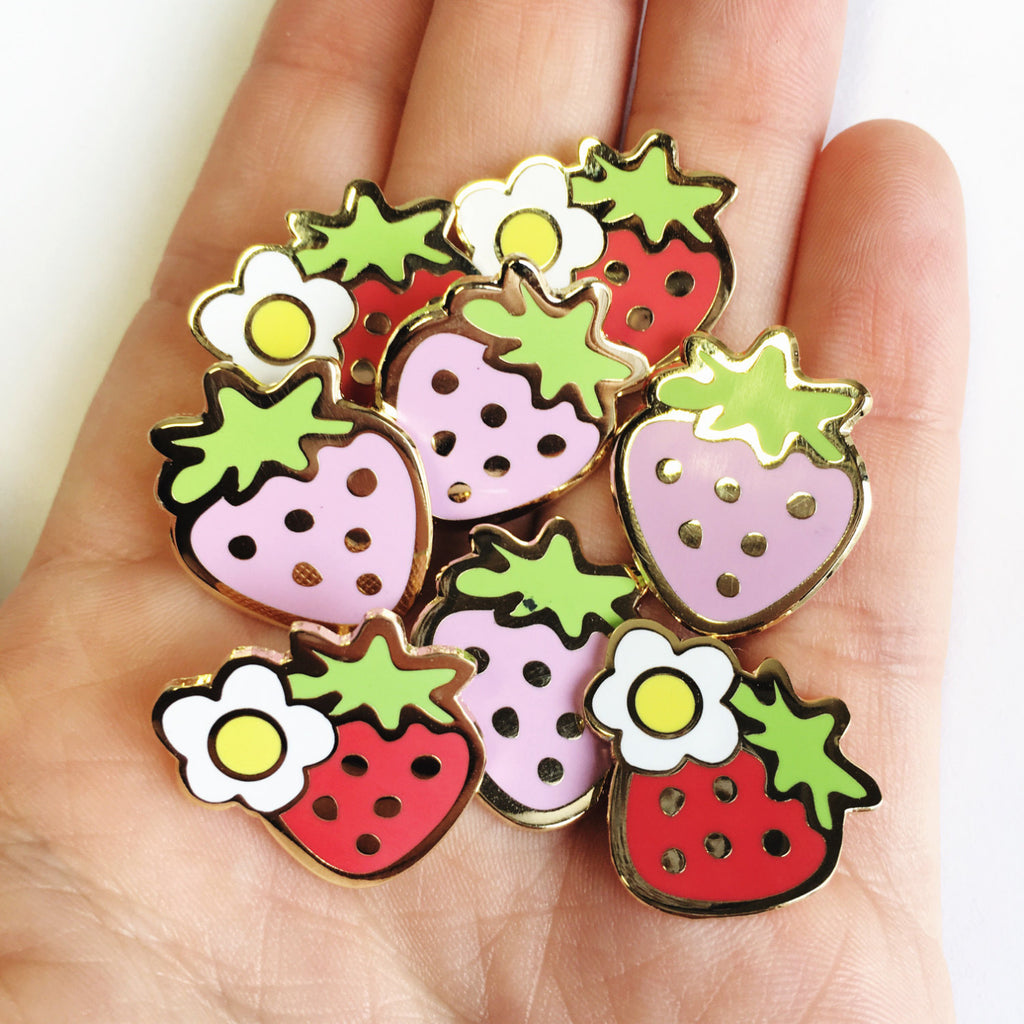 Strawberry pin set