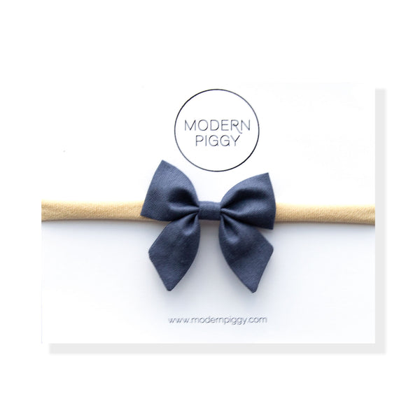 Blueberry | Mini Piggy Bow