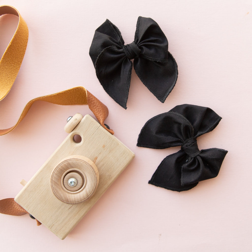 Black | Petite Party Bow