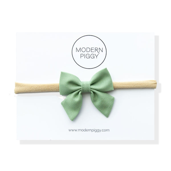 Seafoam Gingham | Mini Piggy Bow