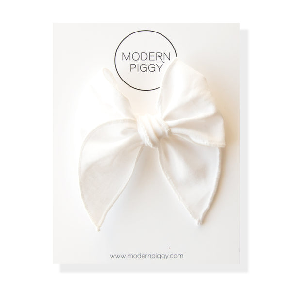 True White | Petite Party Bow