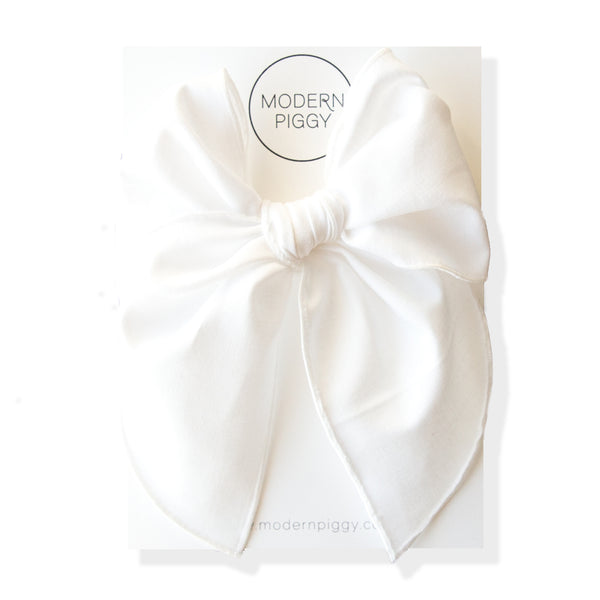 True White | Party Bow