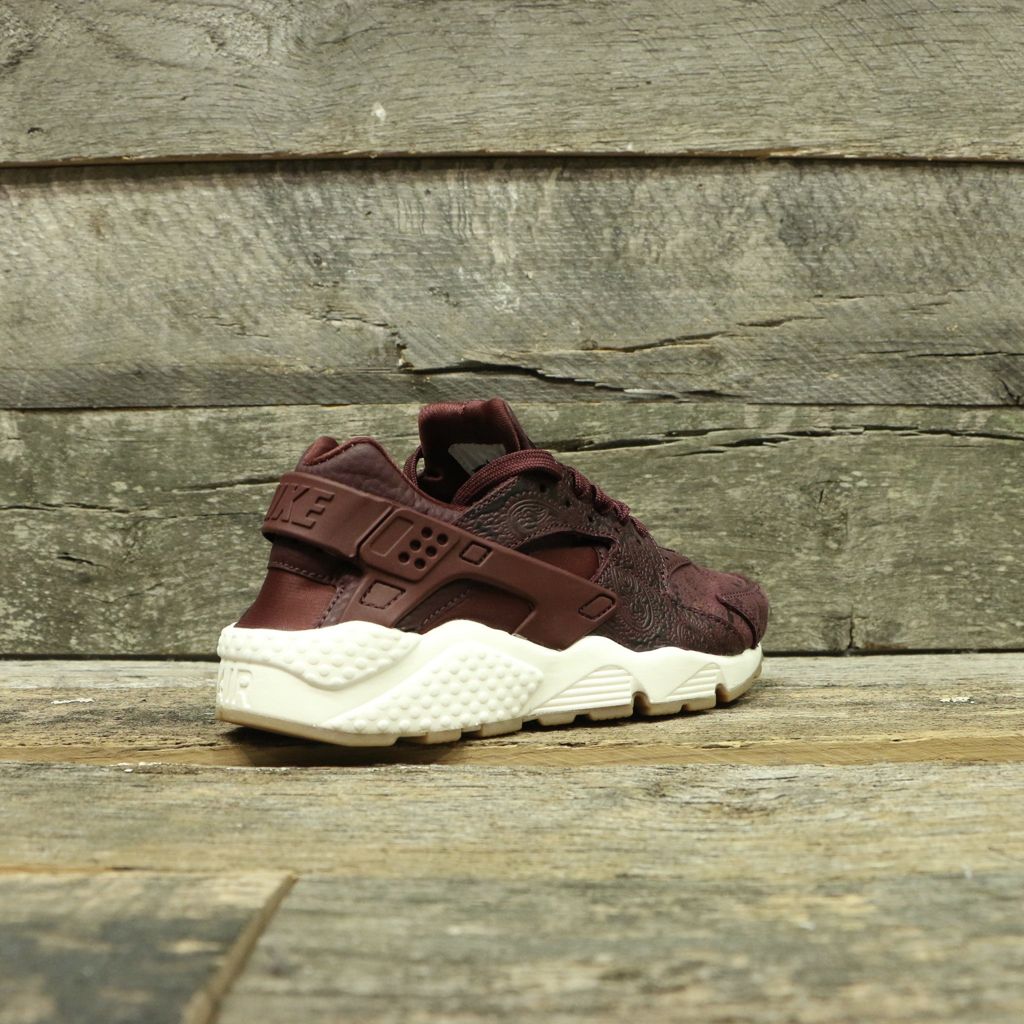 NIKE AIR HUARACHE RUN PRM WOMEN'S