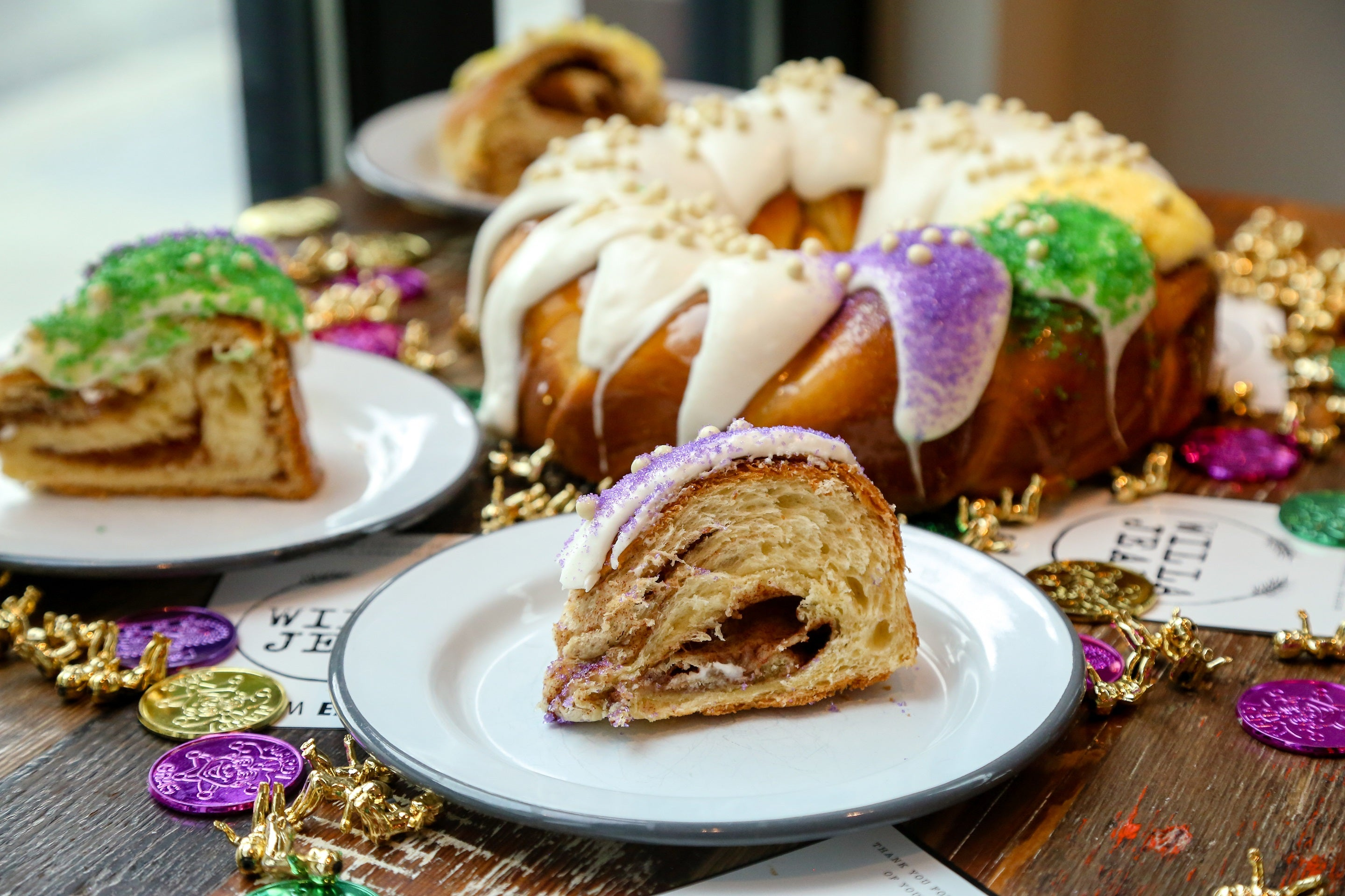 Caramel Crunch King Cake