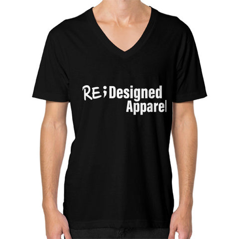 V-Neck (on man) Black RE;Designed Apparel