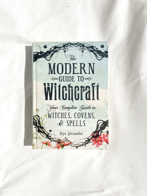 The Modern Guide to Witchcraft - Unearthed Crystals