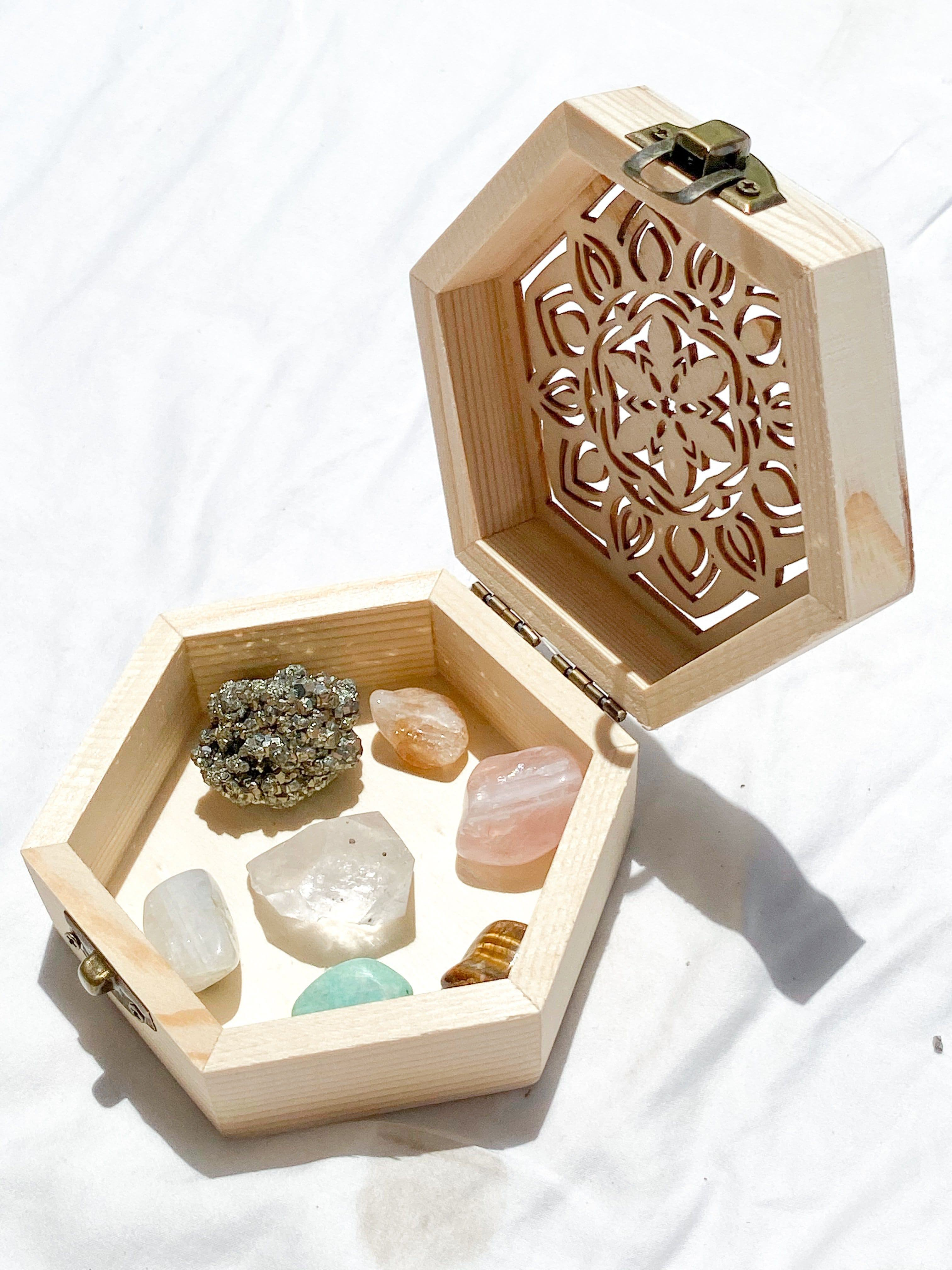 Self Esteem + Courage Antidote Box  © - Unearthed Crystals