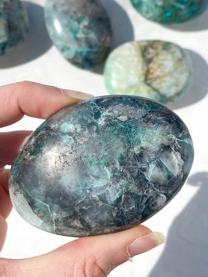 Chrysocolla + Quartz Palm Stone | Large - Unearthed Crystals