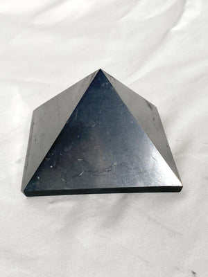 Shungite Pyramid | 100mm - Unearthed Crystals