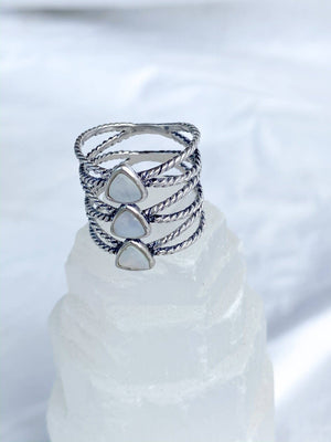 Sterling Silver Twist Trio Ring | Mother of Pearl | Size 8 - Unearthed Crystals