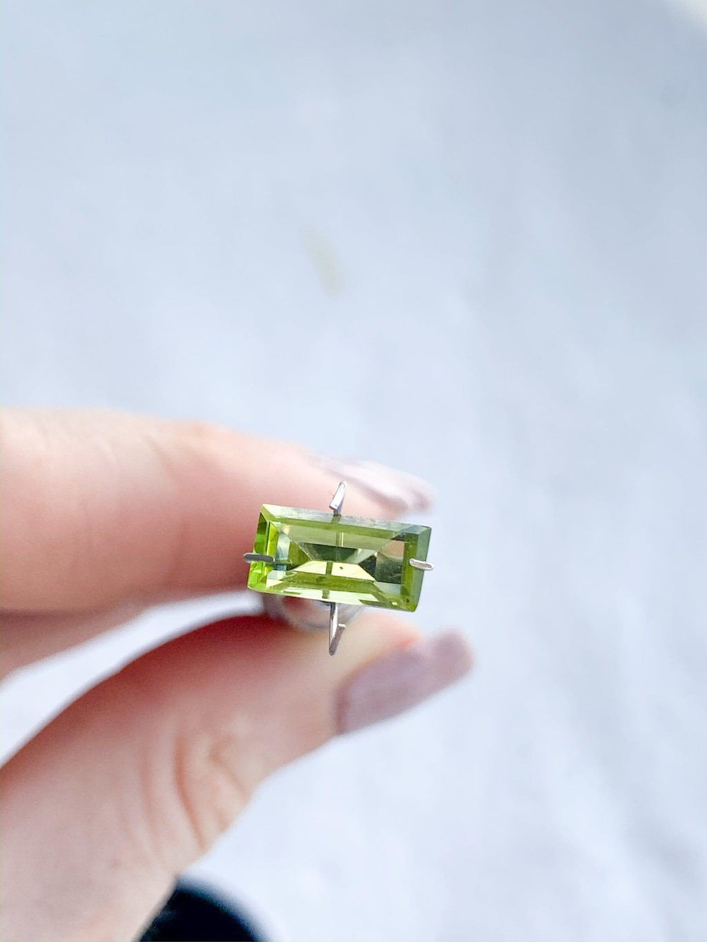 Peridot | Bagette Cut | 1.705ct - Unearthed Crystals