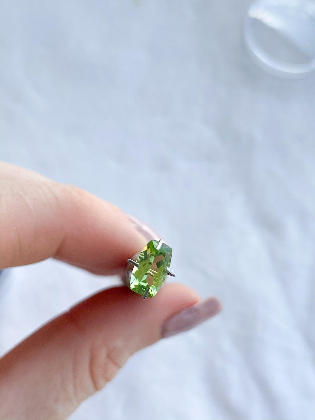 Peridot | Cushion Cut | 0.875ct - Unearthed Crystals