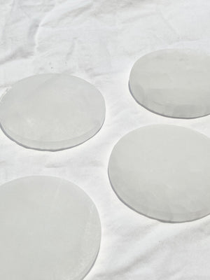 Round Selenite Charging Plate | Medium - Unearthed Crystals