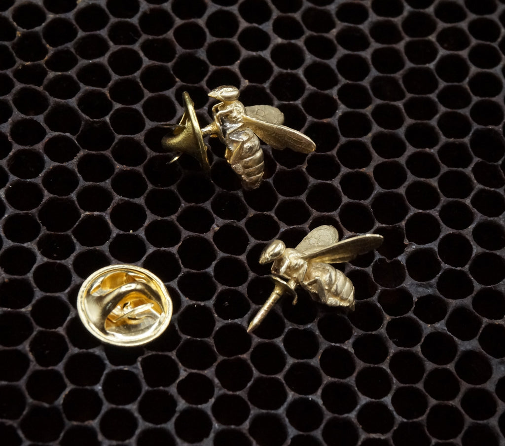Bronze Bee Tie Pin