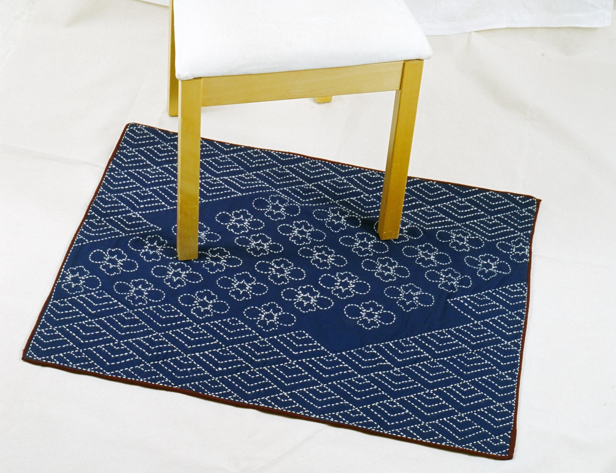 sashiko bath or shower mat