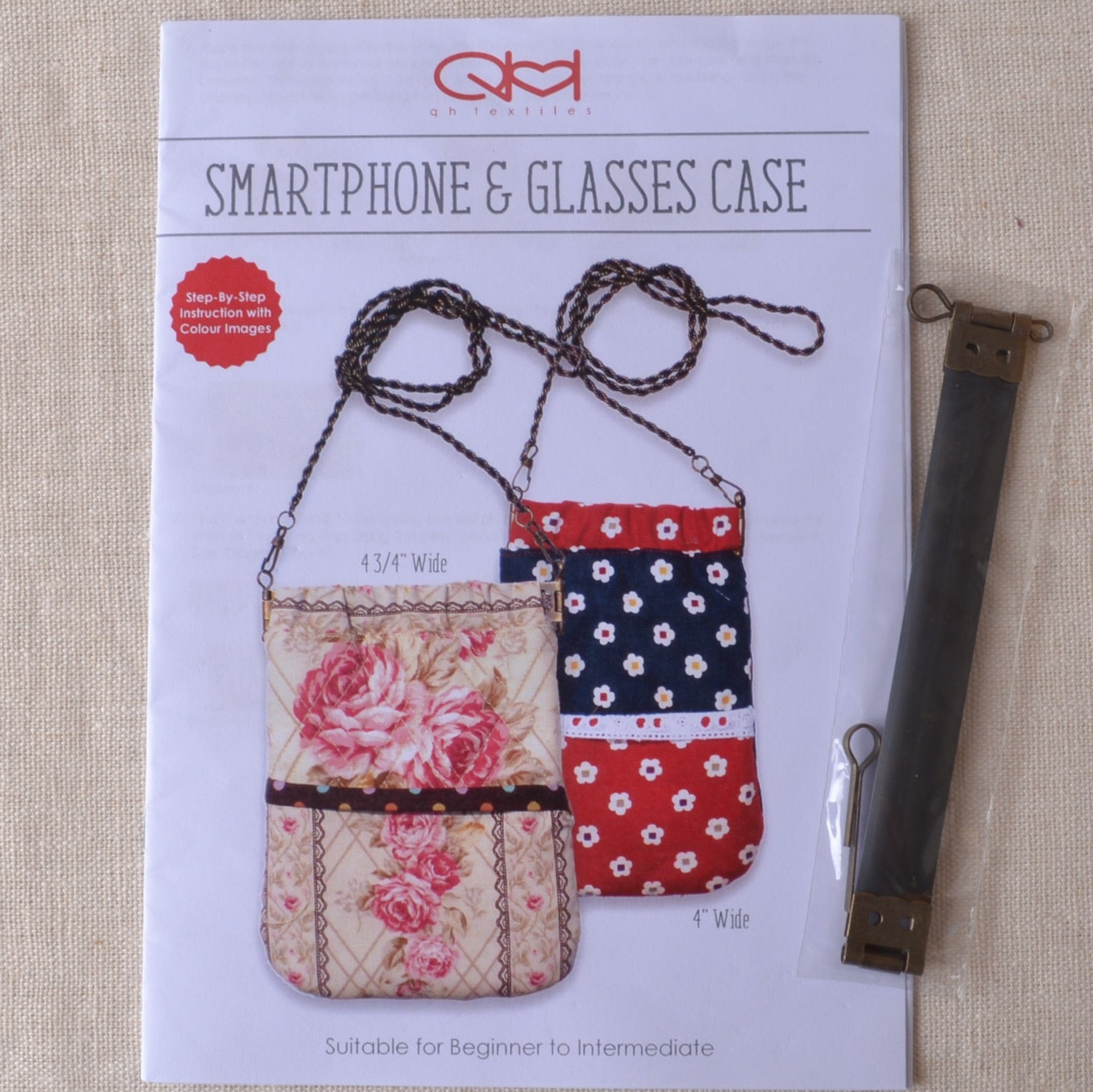 Smartphone & Glasses Case Pattern