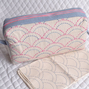 Pouch made from sashiko stitched fabric