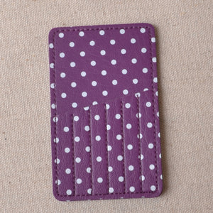 protective carry case fr your hand stitching needles