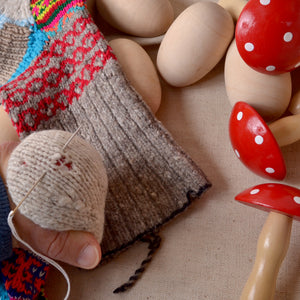 mending darning mushrooms & eggs