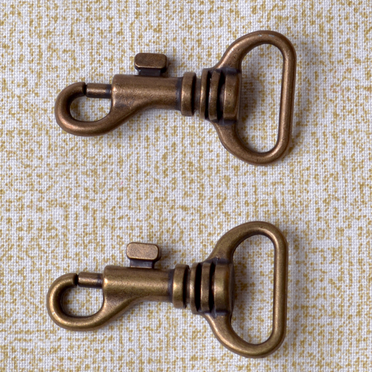 small swivel clips