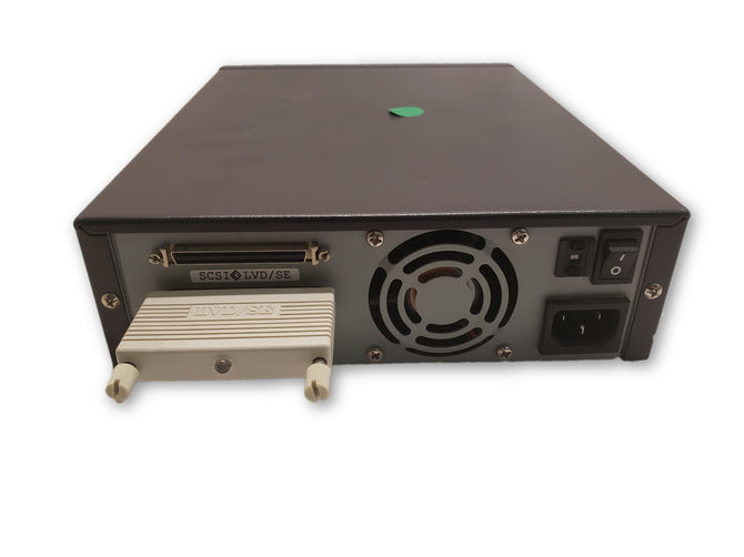Dell PowerVault 110T - External Tape Drive 40GB/80GB DLT-VS80E