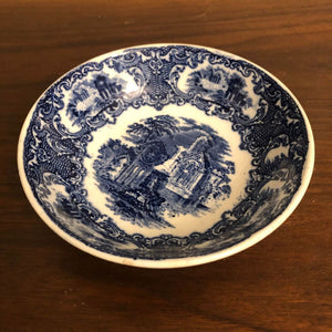 Blue and White Petrus Regouts & Co Maaastrict Abbey made Holland Dutch Bowl Vintage 5.5""