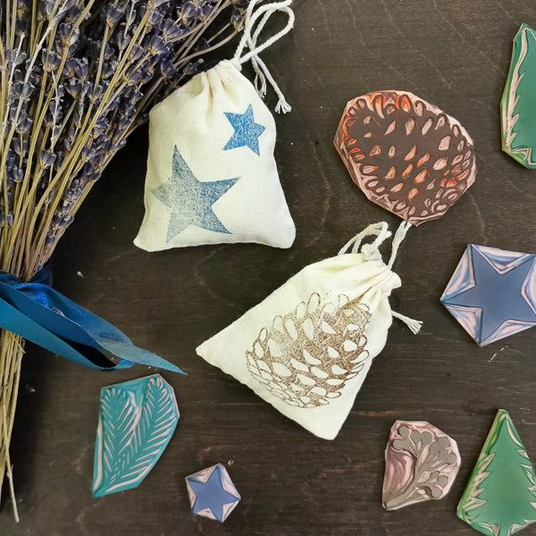 Handmade Holiday: Sachets | Teens and Adults