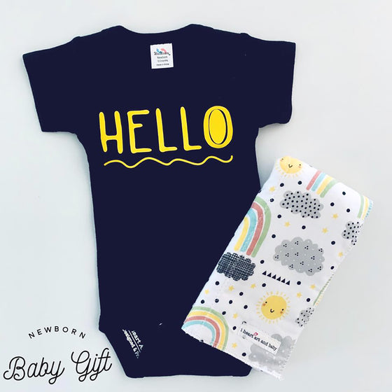 HELLO Newborn Baby Gift Set
