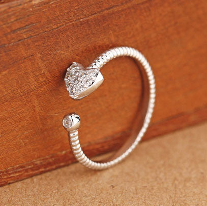 Heart Dough Twist Pattern Rhinestone Opening Ring - lilyby