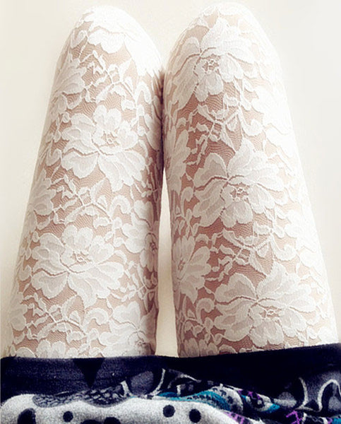 Retro Flower Lace Carved Leggings