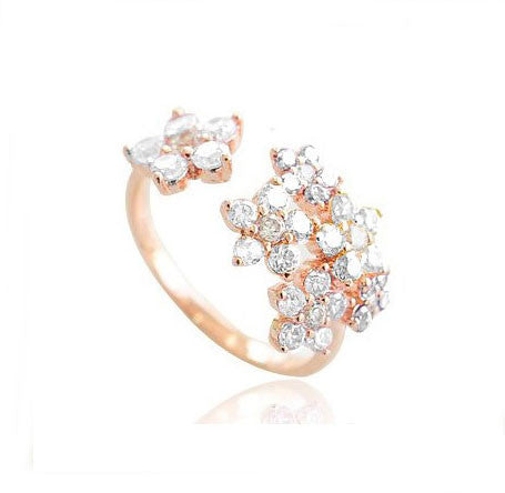 Unique Bright Rhinestone Flowers Ring