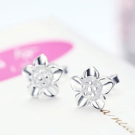 Cute Rose Flower Shaped Bauhinia New Silver Earrings Studs