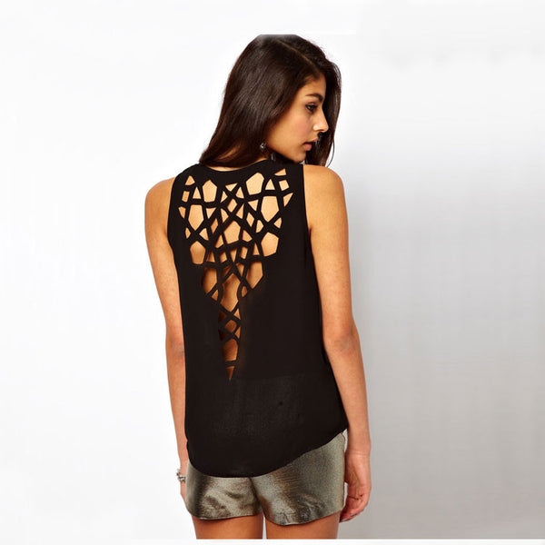New Geometry  Pierced Slim Round Neck T-shirt - lilyby