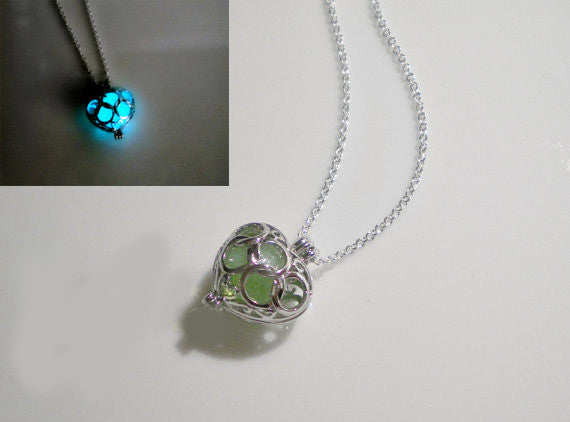 Luminous Stone Necklace Pierced Love Pendants Necklace - lilyby