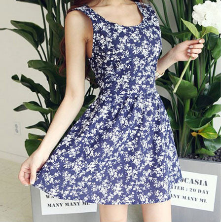 Latest Floral Pierced Halter Bowknot Sleeveless Dress - lilyby