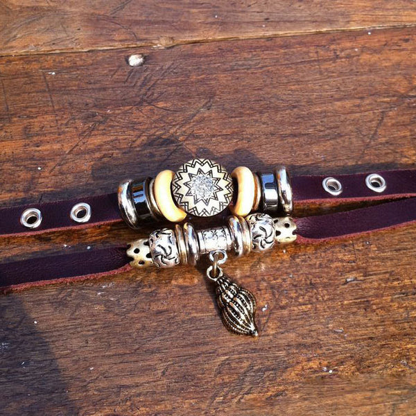 Retro Conch Rhinestone Leather Bracelet - lilyby