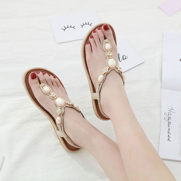 New Summer Shoes Metal Buckle Rhinestone Retro Flat Shoes Beach Shoes Teen Sandals