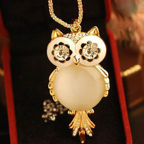 Cute Owl Opal Rhinestone Sweater Necklace - lilyby