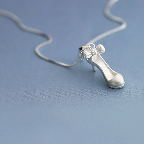 Fashion Silver High-heeled Shoe Bow Frosted Cute Clavicle Women Chain Necklace