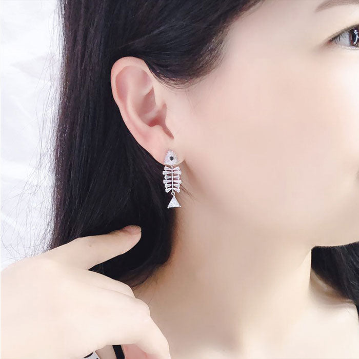 Cute Silver Needle Bone Creative Earrings Zircon Fish Bone Animal Earrings Studs