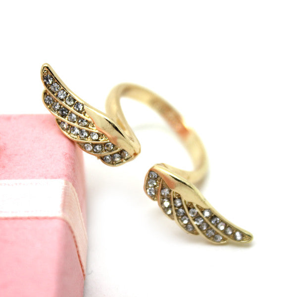 New Sparkling Angel Wing Ring - lilyby