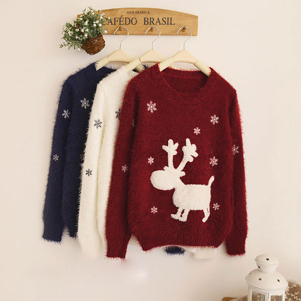 Elk Snowflake Embroidery Round Neck Sleeve Sweater - lilyby