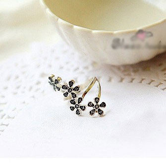 Four Flowers Wrap Ring - lilyby