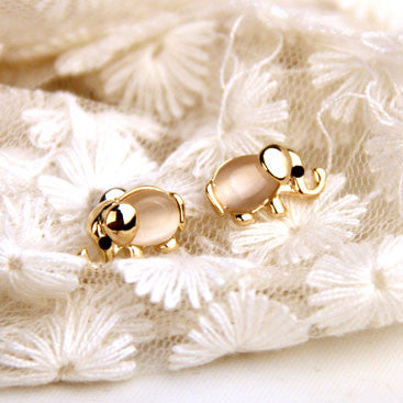 Cute Baby Elephant Animal Pearl Earring Studs - lilyby