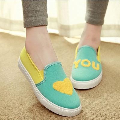 Cute Heart Asymmetric Pattern Canvas Shoes - lilyby