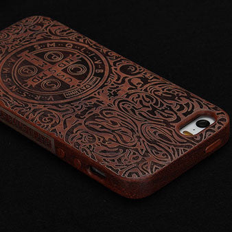 Retro Totem Cross Carved Wood Iphone 4/5/6 Case - lilyby