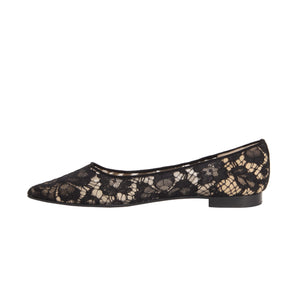 The Laura Flat in Lace