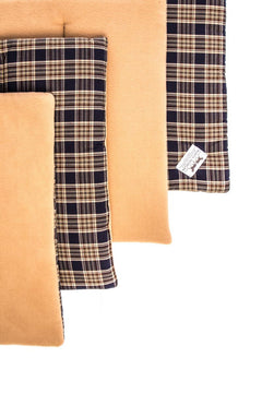 Marta Morgan Stable / Travel Bandage Pads (Beige Fleece with a Navy Tartan Cotton)
